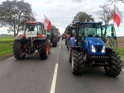 Dziś demonstracje i protesty rolników w całej Polsce. Blokady dróg już spowodowały korki