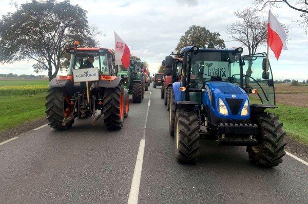 Uwaga na utrudnienia w ruchu! Rolnicy znów protestują, dziś blokady w ponad 200 lokalizacjach