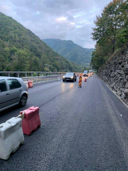 Trafic închis în anumite zone montane