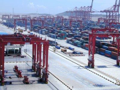Kaip Ramiojo vandenyno transporto padėtis veikia pasaulines tiekimo grandines? Pavėluoti pristatymai didina krovinio kainas