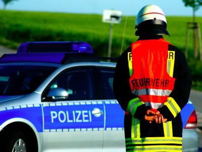 """Wielka """"stłuczka"""" na niemieckiej autostradzie. Setki butelek piwa wypadły na jezdnię"""