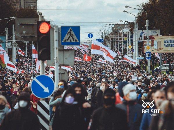 Utrudnienia w ruchu na Białorusi. Opozycja rozpoczęła ogólnokrajowy strajk