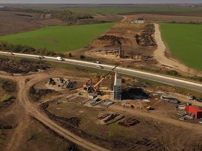 Infrastructură | La Drumul Expres Craiova-Pitești se lucrează într-un ritm rezonabil