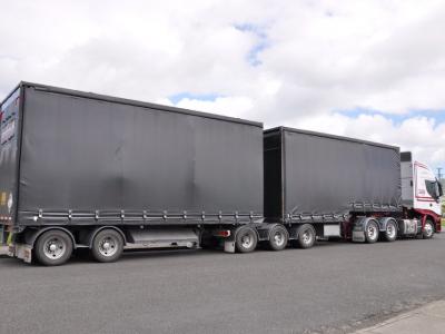 Niemieccy załadowcy domagają się dopuszczenia do ruchu 44-tonowych ciężarówek