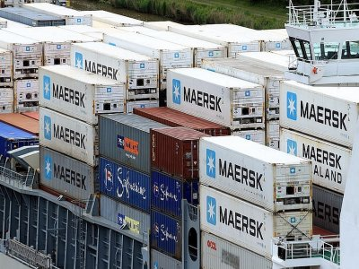 Maersk ends contract with DB Schenker over attempts to steal clients