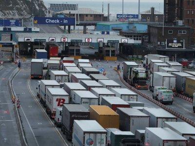 Ce pot face transportatorii pentru a eficientiza transporturile după ce Marea Britanie va părăsi piața unică?