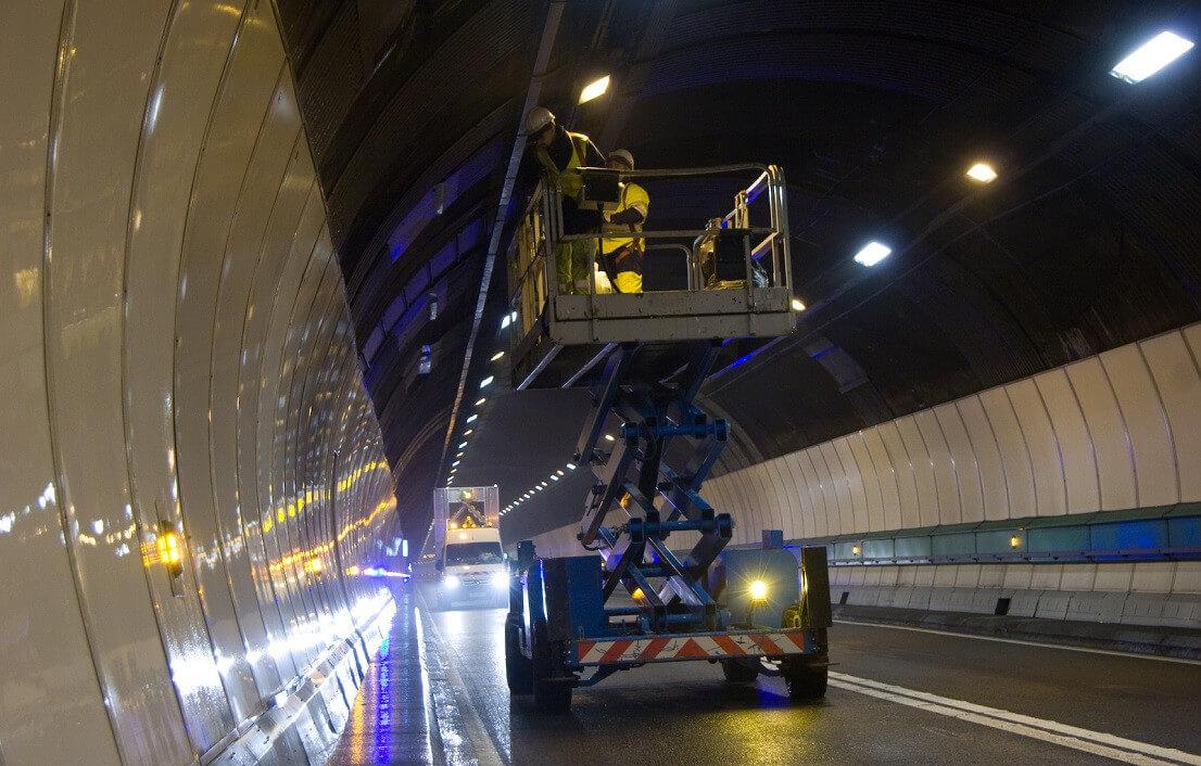 Тоннель Монблан: ремонтные работы 12-13 октября 2020 г. Туннель Монблан будет полностью закрыт для движения транспорта в связи с проведением ремонтных работ в ночь с понедельника 12 на вторник 13 октября с 22 до 6 утра (Бамап/фот. tunnelmb.net)