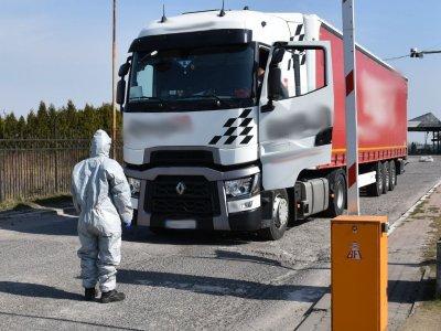 Sunkvežimių vairuotojams karantinas netaikomas. ES šalys pasiekė susitarimą