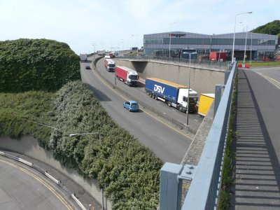 CIPS economist: UK could ignore customs and wave through trucks in January
