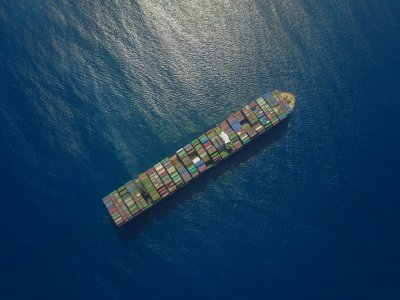 Maersk upgrades expectations as CMA CGM sell bonds