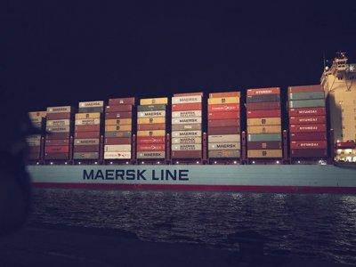 Mit erhobenem Haupt durch die Corona-Pandemie: Maersk und Hapag-Lloyd weiterhin mit guten Ergebnissen