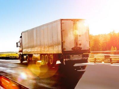 Protest mai puțin obișnuit al șoferilor de camion cu…hârtie igienică