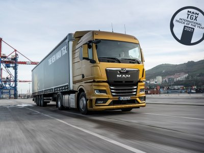 MAN TGX wins International Truck of the Year 2021 award