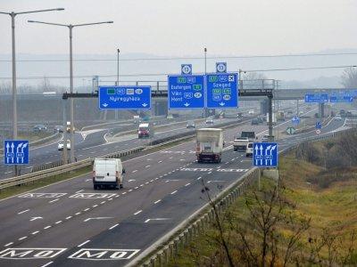 Ungaria reintroduce restricțiile de weekend pentru camioane