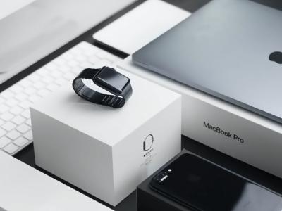 Merész rablás egy Apple termékekkel teli teherautó ellen. Több mint 2 milliárd forint értékű rakomány veszett el!