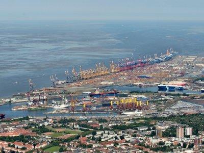Portul Bremen – măsuri pentru sprijinirea transportatorilor și companiilor TSL