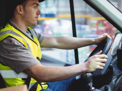 В Испании минимальный возраст водителей снижен до 18 лет. Это один из способов борьбы с дефицитом дальнобойщиков