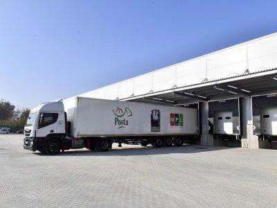 32 dokkolókapu, 50 kisteherautós beállás: a Magyar Posta eddigi legnagyobb logisztikai üzeme épült meg Fóton