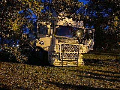 Közel 600 ezer forintnyi bírságot kapott az a kamionos, aki megpróbálta kikerülni a nagylaki határt