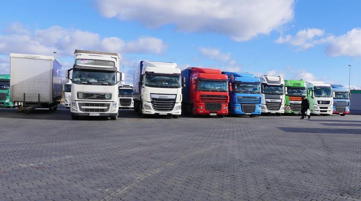 Sunkvežimių eismo apribojimai per Devintines 2021. Pateikiame šalių sąrašą
