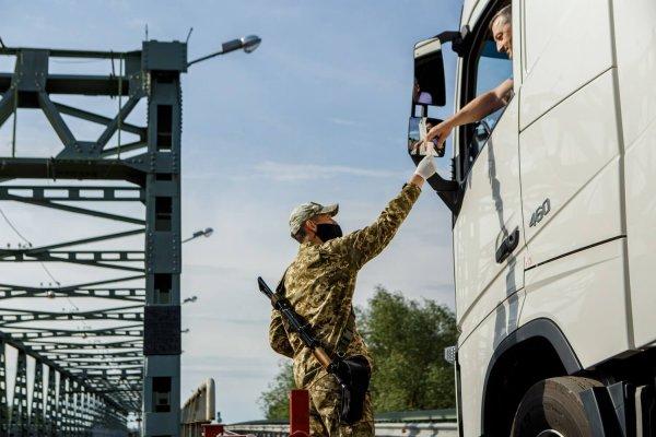 Венгрия отменяет ограничения движения грузовых автомобилей