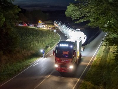 31 Meter lang und 75 Tonnen schwer