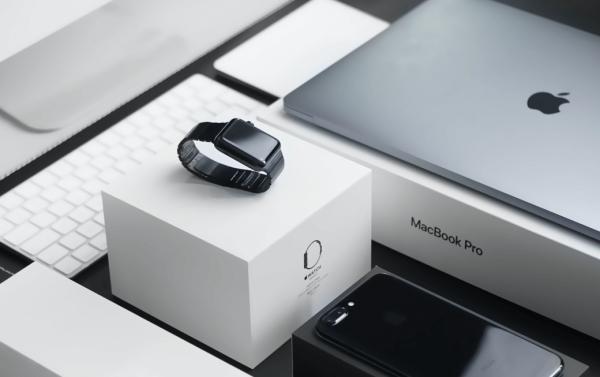 Gewagter Überfall auf Lkw mit Apple-Produkten. Fracht im Wert von ca. 6 Mio. Euro gestohlen