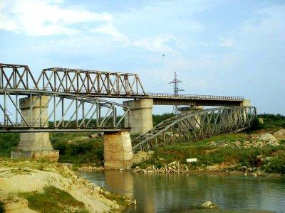 Licitația pentru podul Grădiștea a fost câștigată de singura companie care a depus oferta