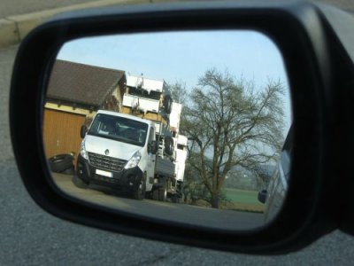 France to require blind spot warning stickers for HGVs as it implements new direct vision standards