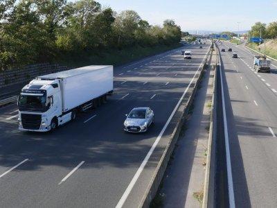 Krovinių Lietuvoje šiemet vežta daugiau. Optimistiški kelių transporto rodikliai