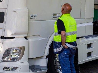 Bauda Lietuvos transporto įmonei už nakvynę kabinoje Nyderlanduose