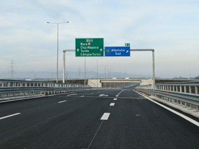 România depășește borna de 900km de autostradă