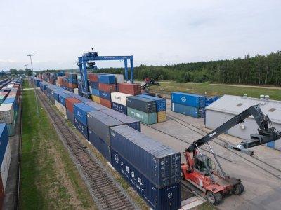 Растет дефицит контейнеров на трассе Китай-Россия-Европа, но решения на рынке уже есть