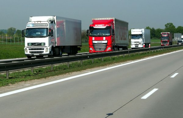 Road freight rates go up in Q1 2021. See on which routes the most