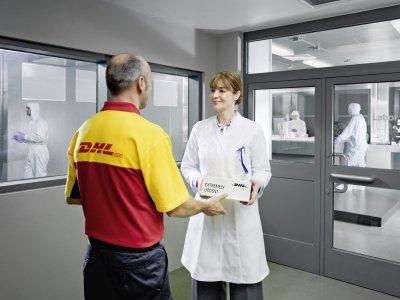 Deutsches Bundesland beauftragt Deutsche Post DHL Group erstmalig mit COVID-19-Impfstofflogistik