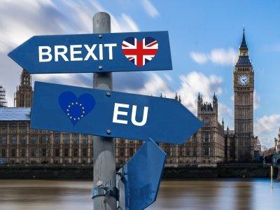 Udało się wypracować porozumienie między Unią i Wielką Brytanią. Co ustalono w sprawie transportu?