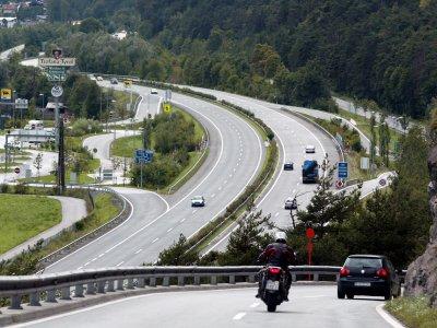 Запрет на движение в ночное время на австрийской автомагистрали А12 Inntal с 1 января 2021 г.