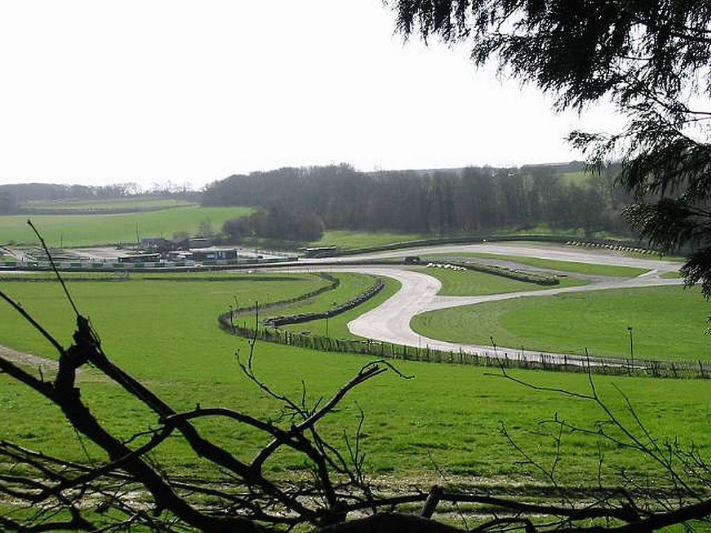 Coronavirus testing centre for van drivers opens at Lydden Hill Circuit