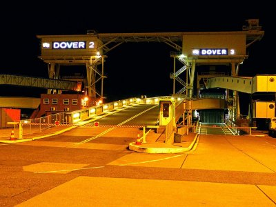 France shut borders due to new coronavirus strain; Eurotunnel and Dover Port CLOSED