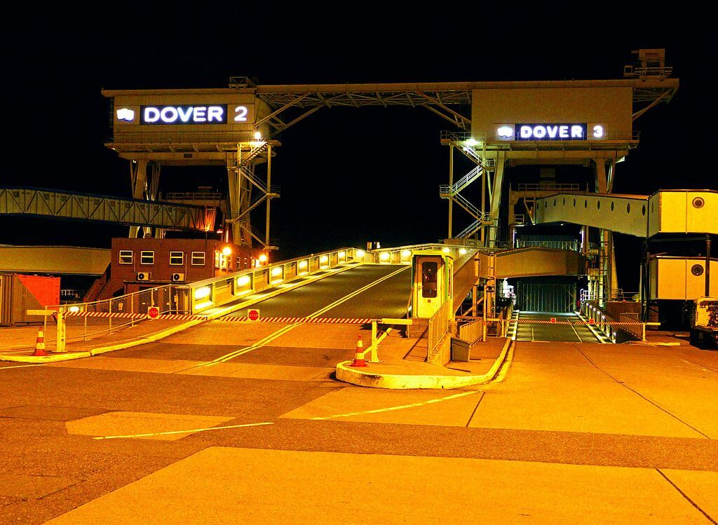 France shut borders due to new coronavirus strain; Eurotunnel and Dover Port CLOSED