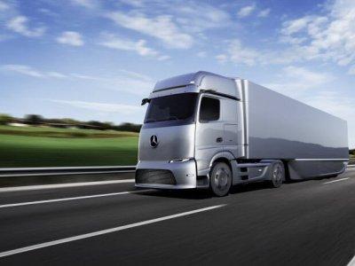 Franța acordă transportatorilor subvenții de până la 50.000 euro pentru achiziția de camioane electrice sau pe combustibili alternativi
