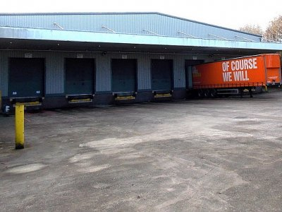 68-year-old Welsh logistics firm Rhys Davies goes into administration