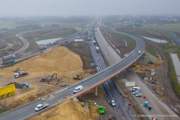 Wstrzymanie ruchu na S8 i A1. Zaleca się wybór innej trasy