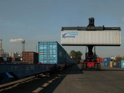 Динамика перевозок грузов по российским железным дорогам. В декабре перевозки выросли