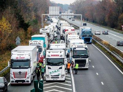 Transportatorii francezi vor protesta la nivel național pe 1 februarie