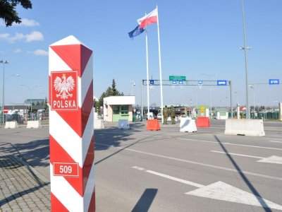 Польша отменила карантин для иностранцев. Но не для всех