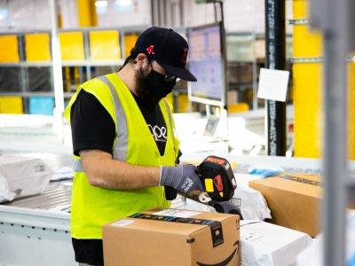 Nadeszła wiekopomna chwila – amerykański gigant ogłasza uruchomienie serwisu Amazon.pl