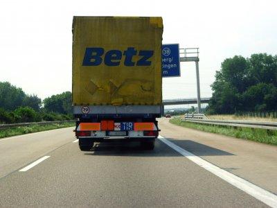 Historia transportu – odc. 145. O tym, jak zachodni przewoźnicy wykorzystywali rozszerzenie UE