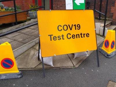 Weiteres Land führt Testpflicht beim Grenzübertritt ein. Lkw-Fahrer sind davon NICHT ausgenommen