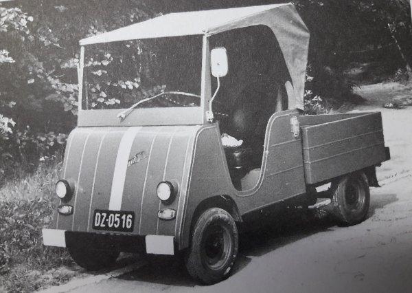 Niezwykłe znalezisko z internetowej aukcji. Na takich pojazdach ćwiczyli żołnierze, zanim mogli prze